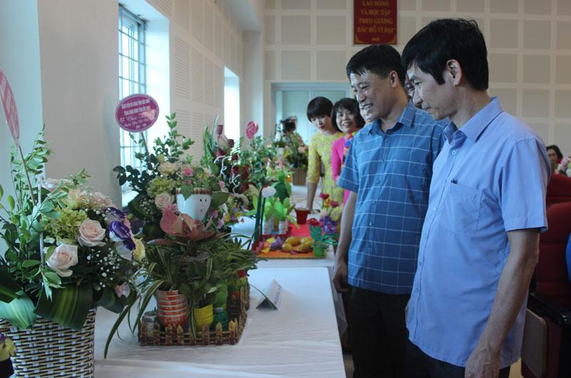 Bệnh viện đa khoa tỉnh Bắc Ninh tổ chức Hội thi Sáng tạo các sản phẩm từ chất thải nhựa tái chế